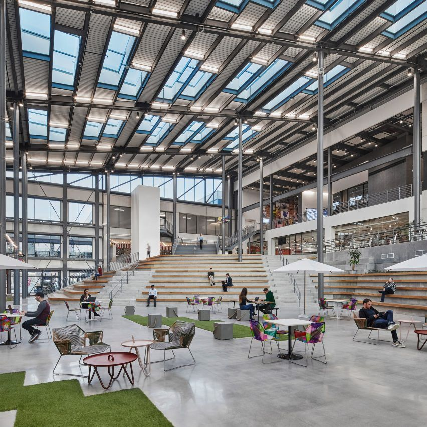"""PerkinsWill Creates """"Instagram-ready"""" Spaces In Unilever's"""