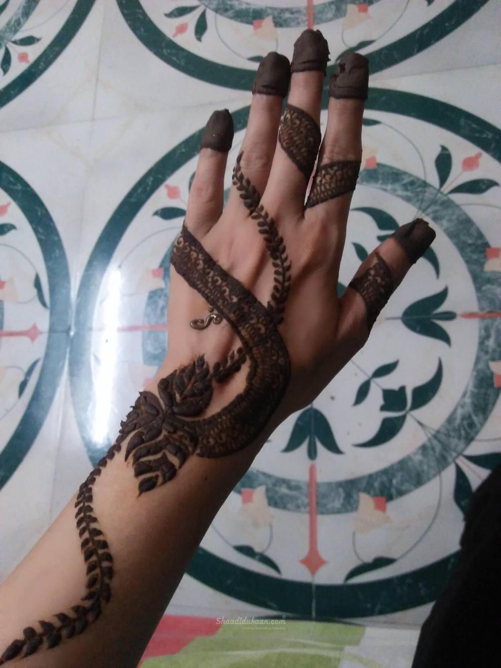 Mehndi Artist In Mumbai By Shaheen Mehandi Artist Mehndi Designs Mehndi Artist Full Hand Mehndi Designs