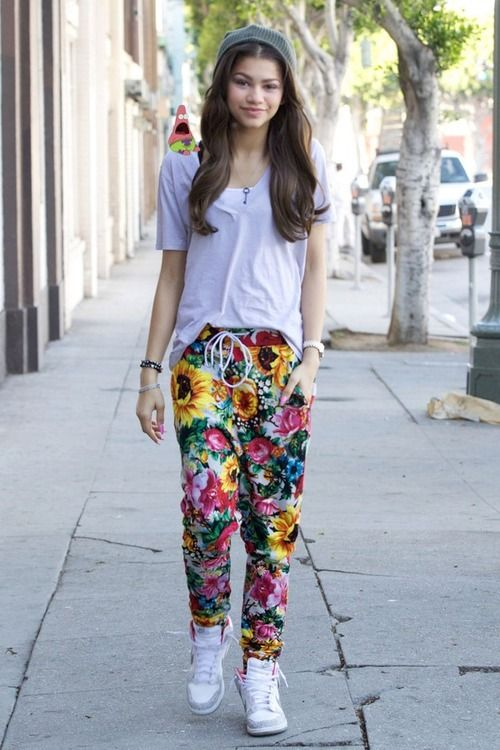 Zendaya Coleman Style Il Look Delle Star Zendaya Coleman E Lo Street Style Zendaya Swag