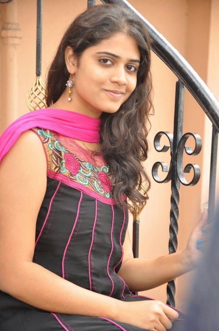 Sexy Samatha Spicy Cute Photos