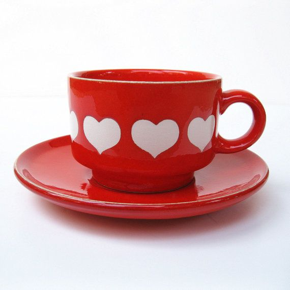 vintage waechtersbach west germany red white hearts cup and saucer a tout coeur pinterest. Black Bedroom Furniture Sets. Home Design Ideas