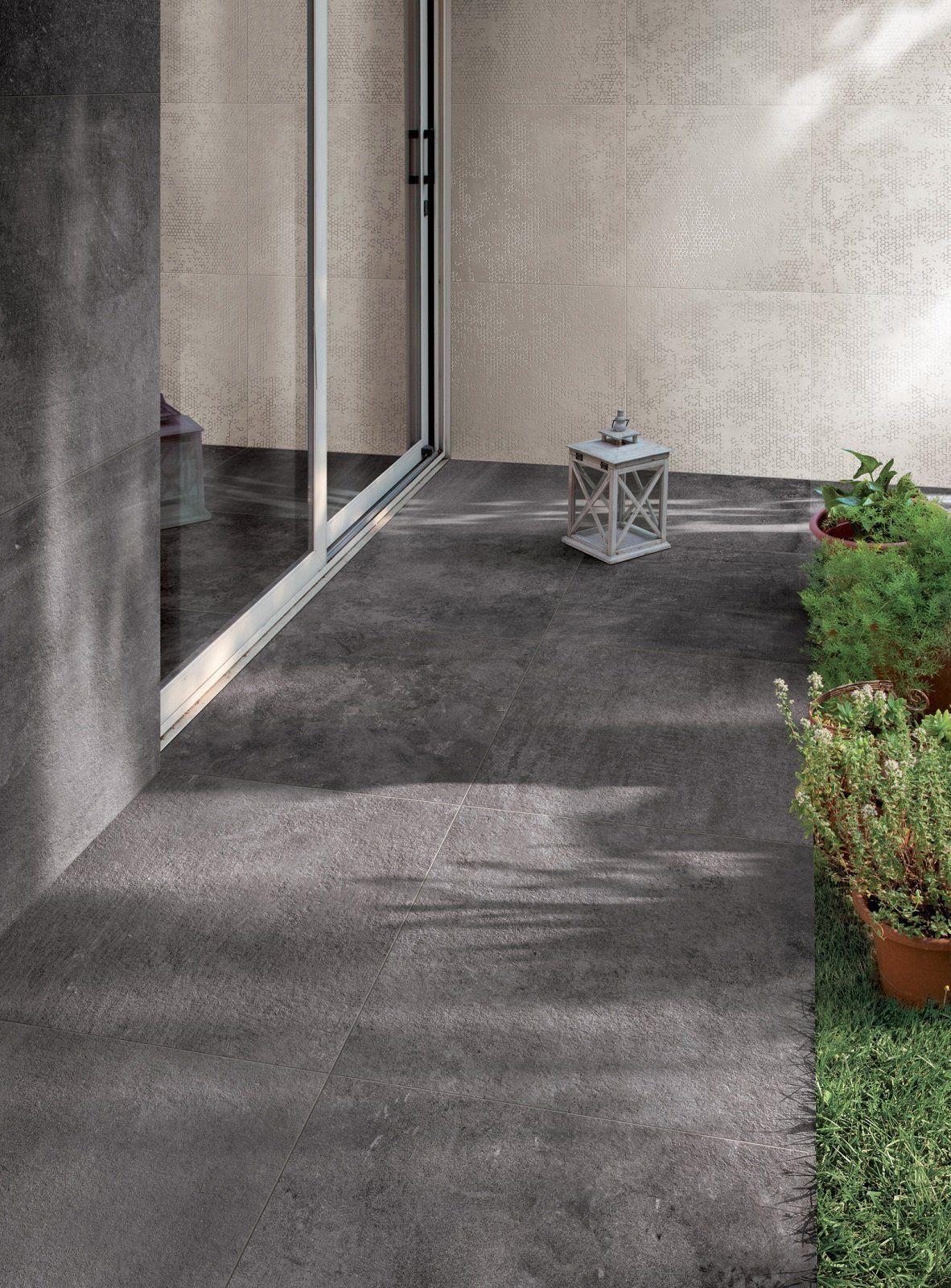 Le piastrelle per giardini, terrazzi, balconi e camminamenti sono ...