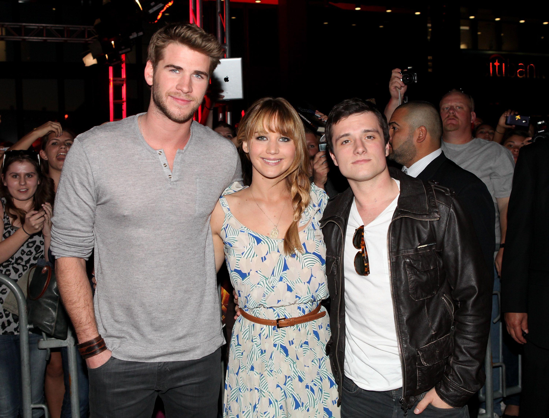 Jennifer Lawrence Josh And Liam Kick Off Hunger Games Tour In La
