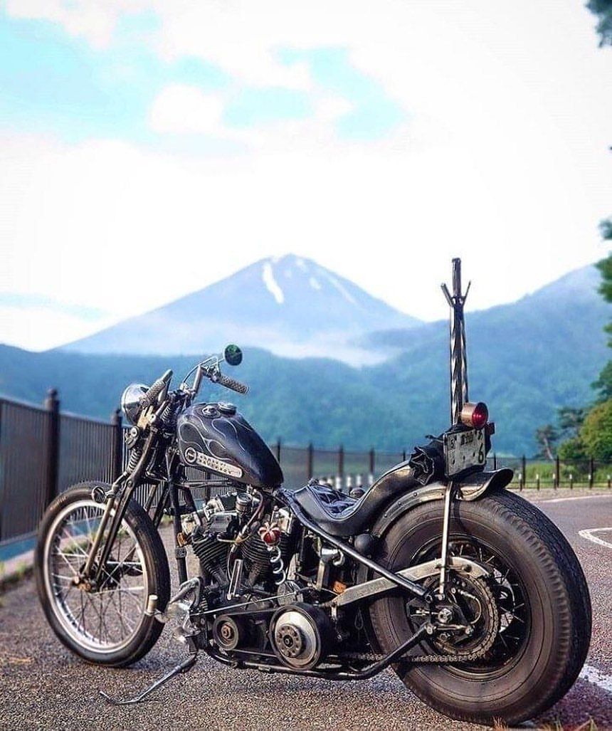Tumblr Is A Place To Express Yourself Discover Yourself And Bond Over The Stuff You Love I Harley Davidson Pictures Harley Davidson Trike Old School Chopper
