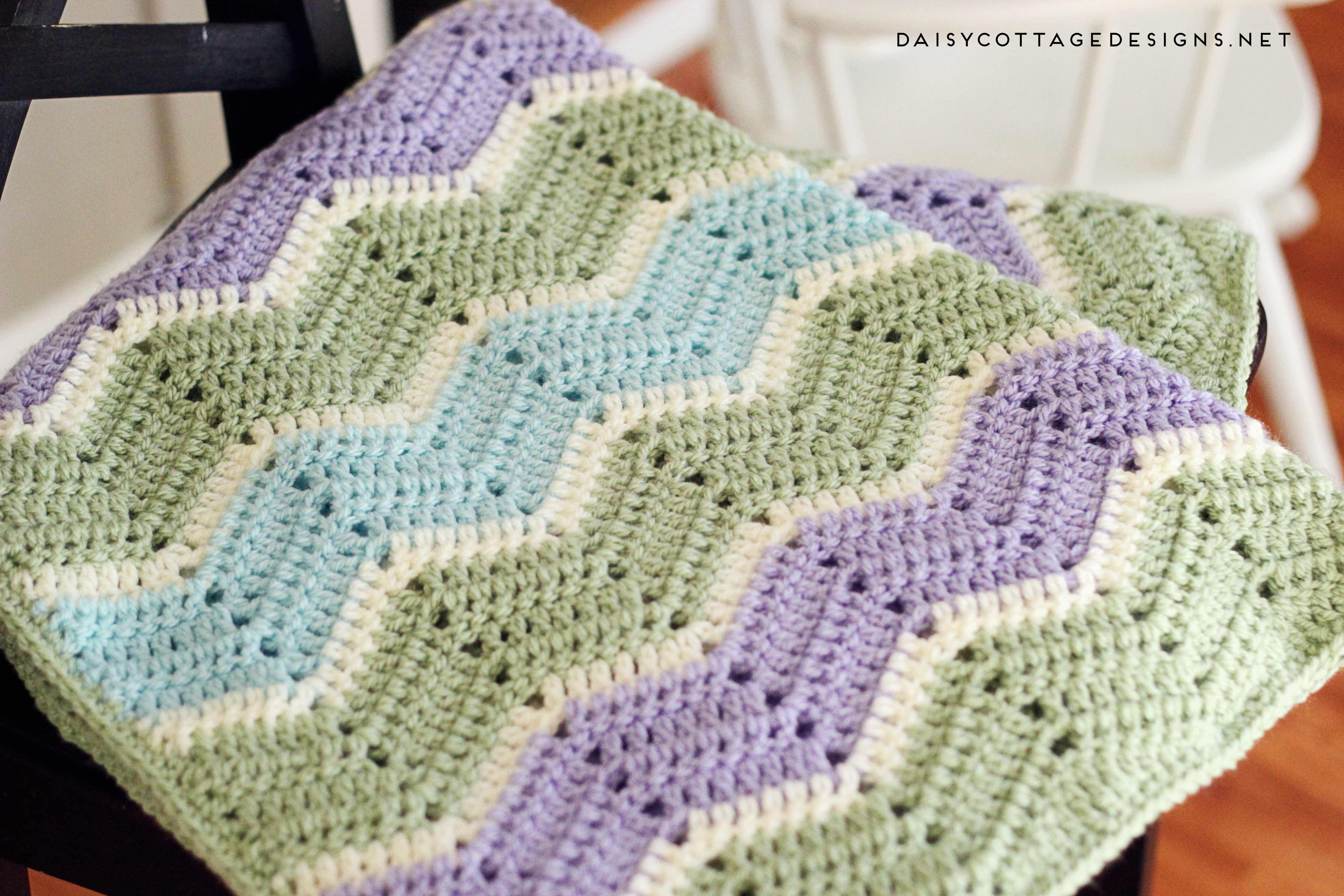 Easy Chevron Blanket Crochet Pattern | Mantas para bebés, Para bebés ...