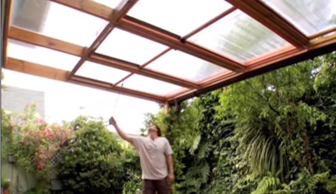 C mo hacer un techo corredizo para el patio trasero - Techo para pergola ...