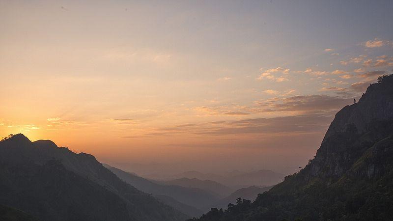 a83c371d94c000 Sunrise on Ella rock and Little Adam s peak - Sri Lanka  EXPLORE 08 02 2014
