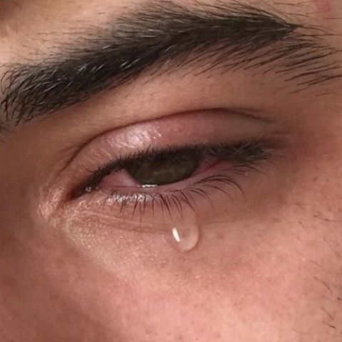 Resultado de imagen de ojos llorando pinterest