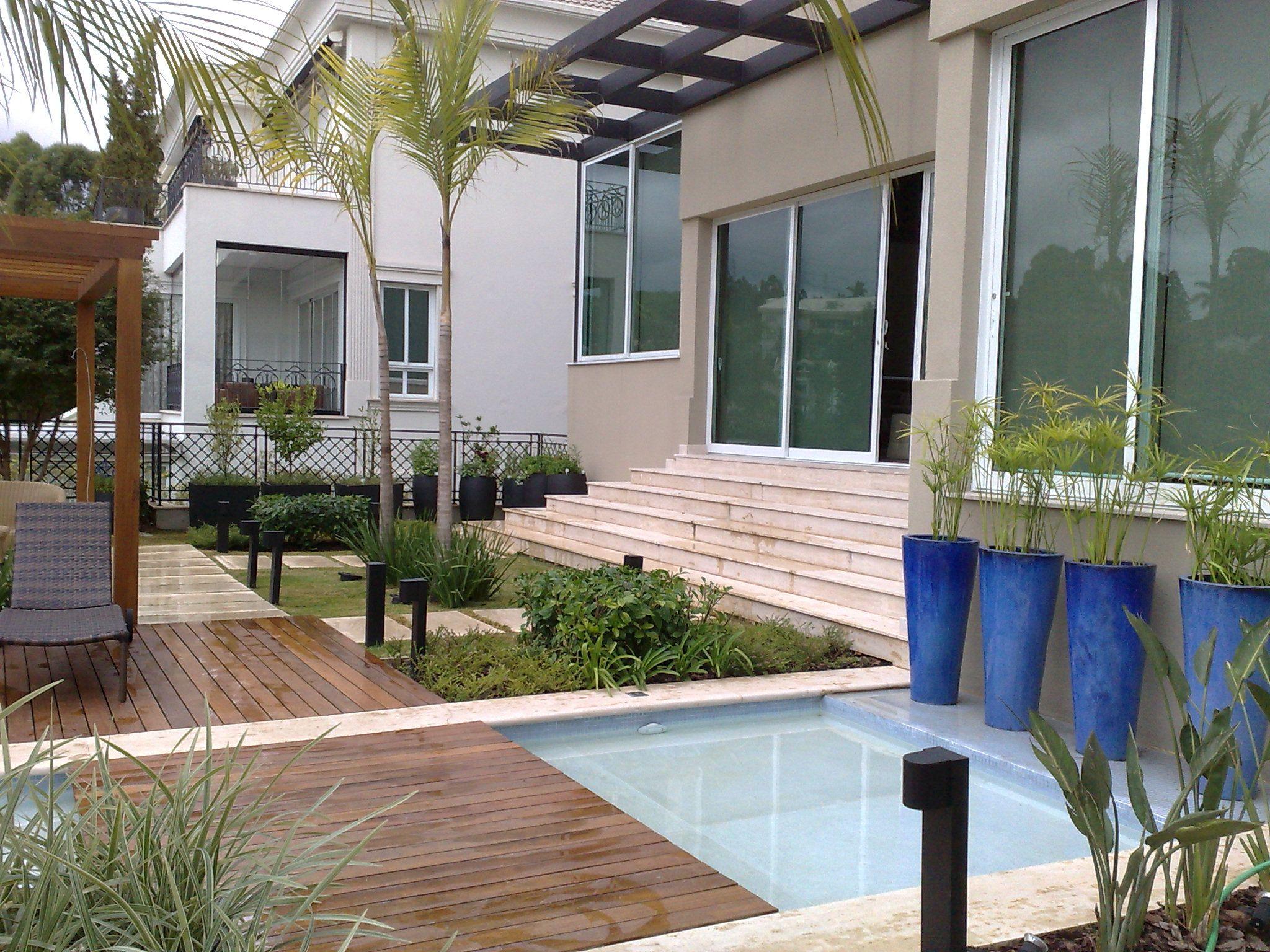 Piscina e vasos vietnamitas cia das folhas meu trabalho for Vaso piscina