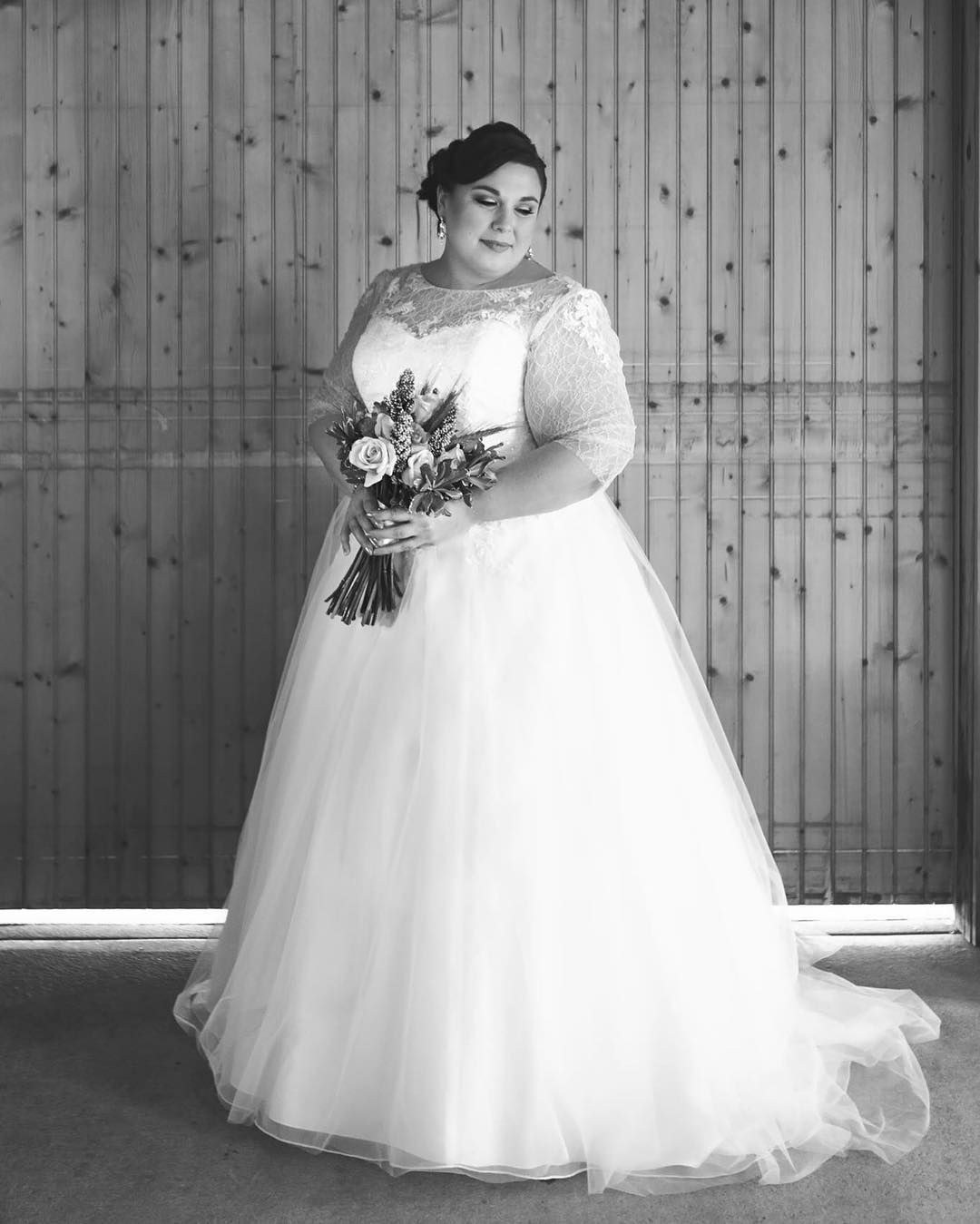 Wedding Gowns For Petite Figures: Custom Plus Size Wedding Gowns For Fuller Figured Women In