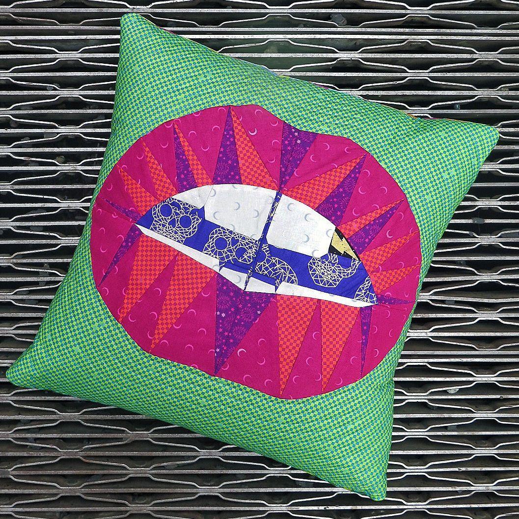 Libs Elliott Hot Lips paper piecing quilt pattern | Paper Piecing ...