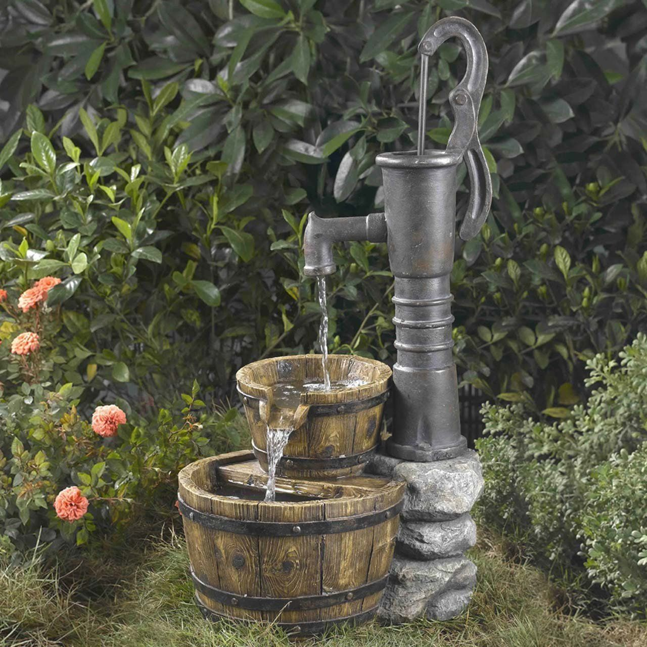 Beautiful Rustic Large Garden Deck Patio Water Pump Buckets Outdoor Fountain Looks Like Old Hand Pu Garden Water Fountains Water Fountain Fountains Outdoor