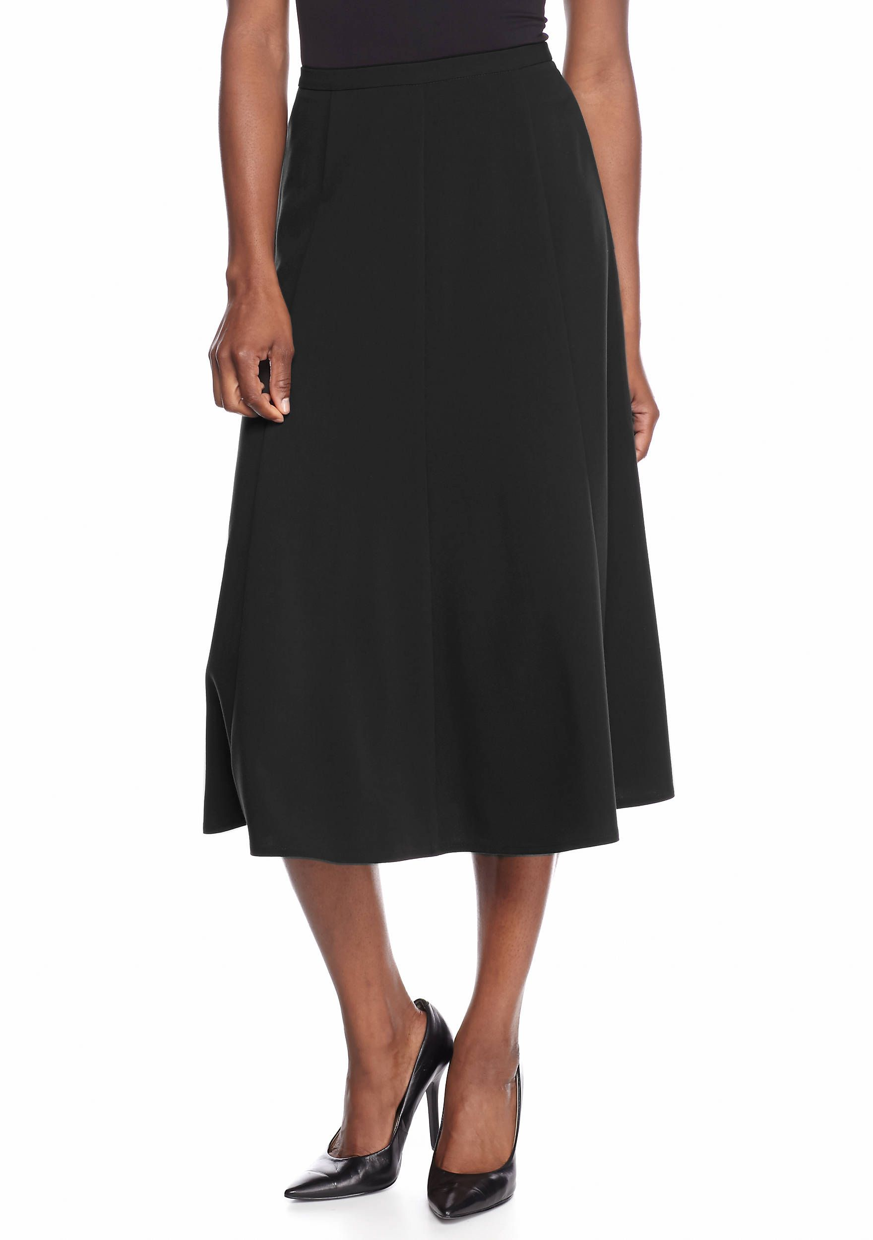 a2cb83c2bb01 Offering a chic and breezy look, this skirt is made to add an elegant touch