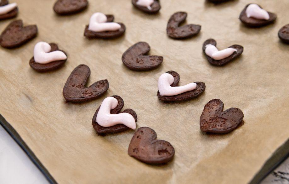 Biscotti Di San Valentino In Cucina Con Ricette Veloci Per Dolci A