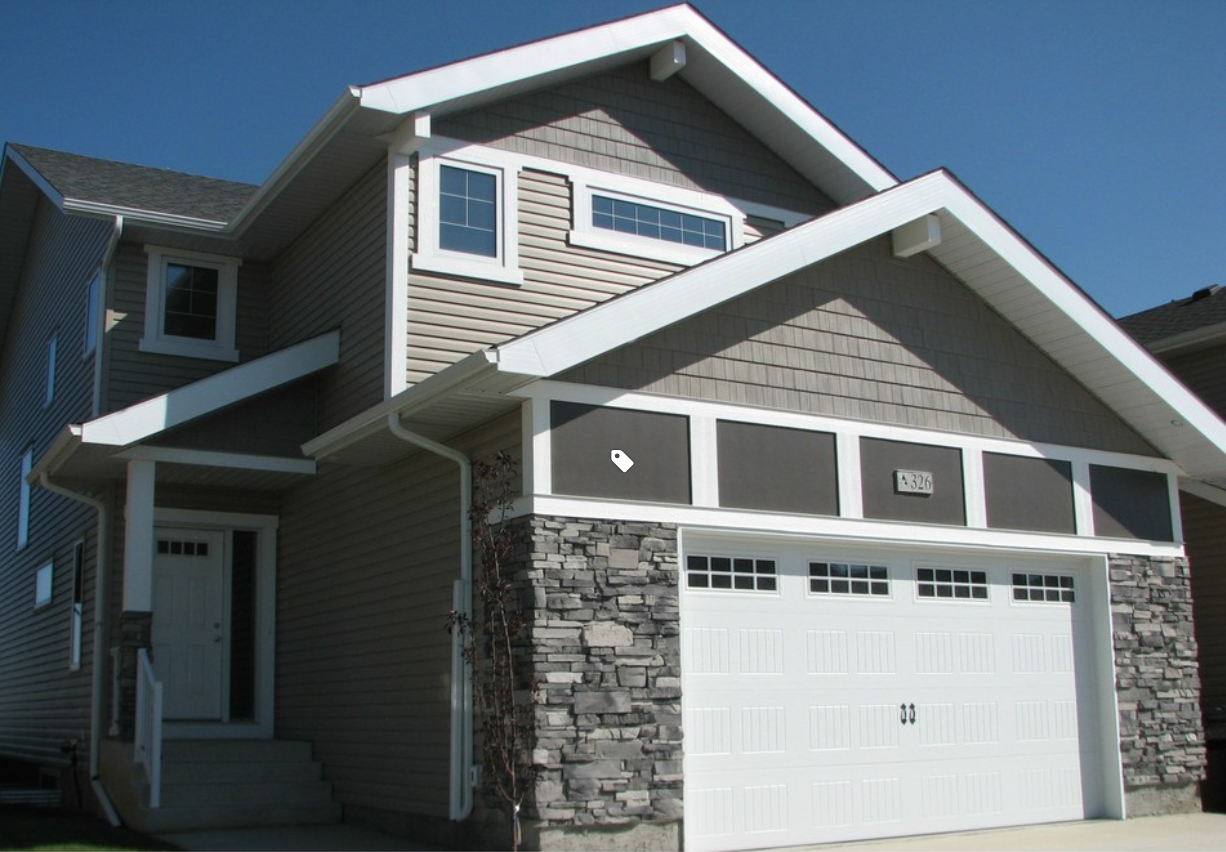 Kaycan Vinyl Siding Shakes In Smoke With White Trims And Grey Stone Beige Neutral Organic Nature E Vinyl Siding Siding Colors Vinyl Siding Manufacturers