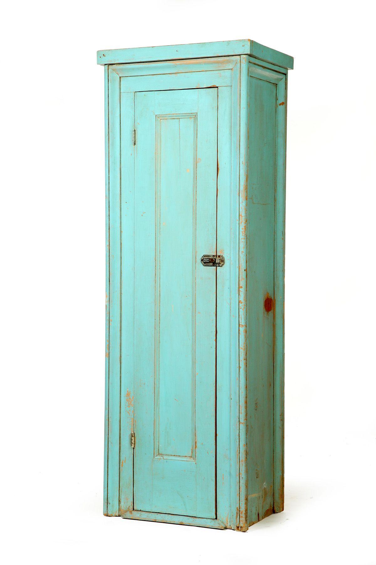Garth S Auctions Inc Auctioneers Appraisers Error Primitive Furniture Primitive Cabinets Farm House Colors