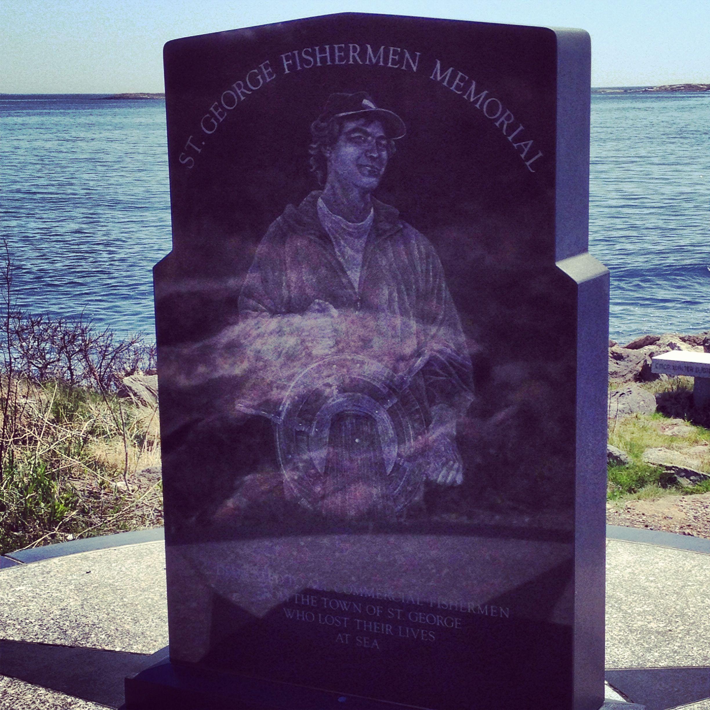 Fishermens memorial at marshall point lighthouse port