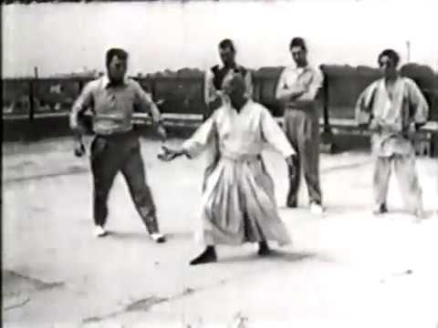 1954 Aikido O Sensei - YouTube.
