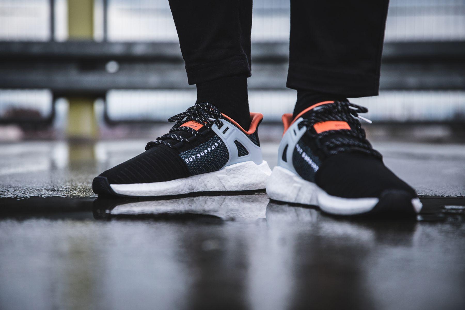 huge discount 6c5b2 cd809 Release des adidas EQT Support 93 17 Welding Pack Black ist im 01.12.2017.  Bleibe mit 99kicks.com immer auf dem Laufenden was heiße Sneaker Releases  angeht
