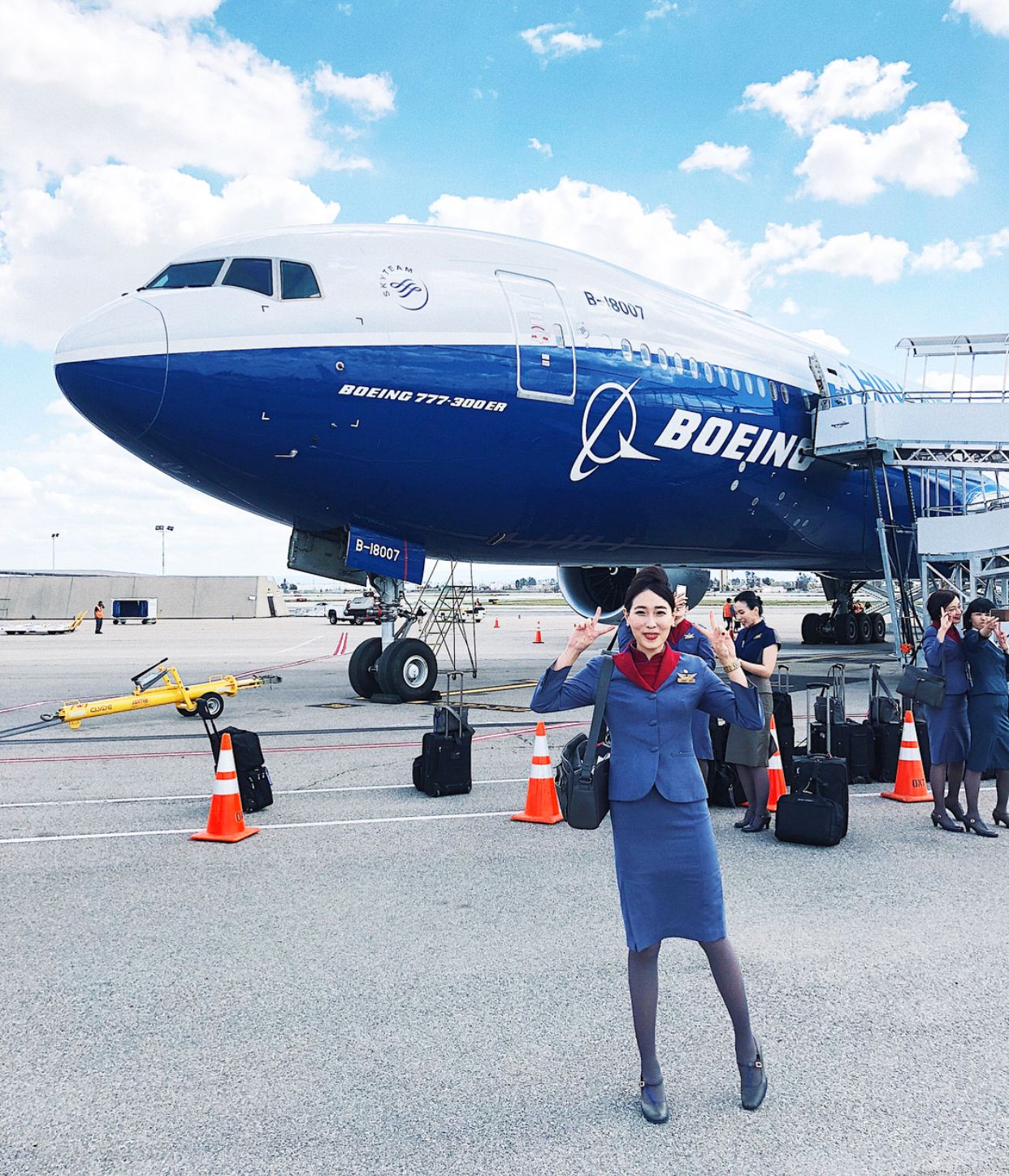 【台湾】チャイナエアライン(中華航空)客室乗務員/ China Airlines cabin crew【Taiwan