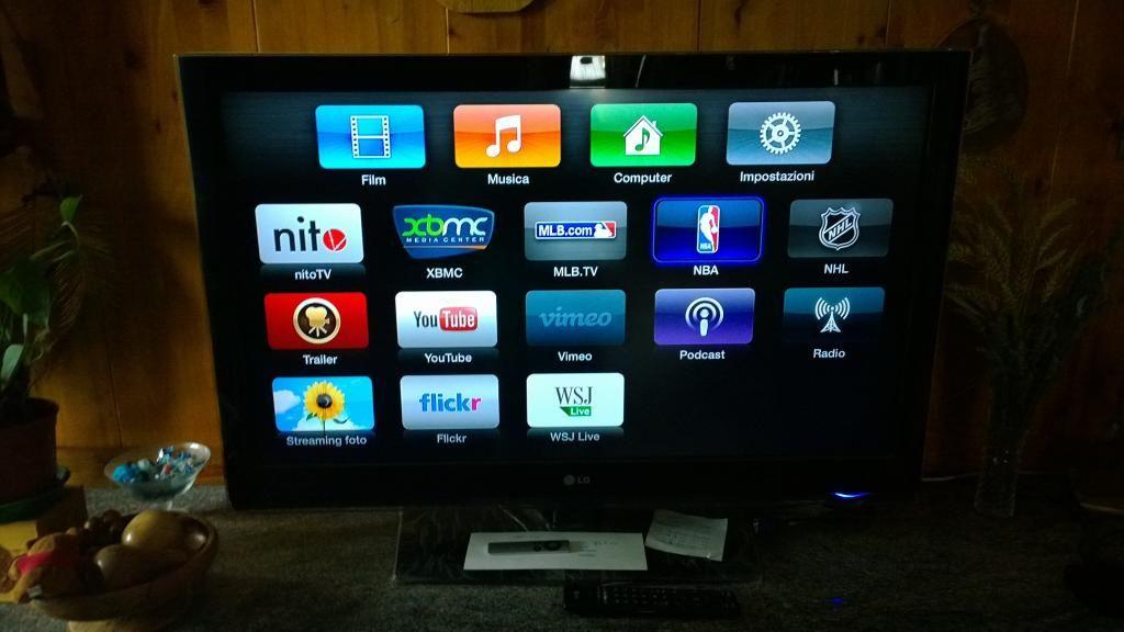 Apple TV 2nd Generation Jailbroken 5.2 XBMC 12.2 Untethered