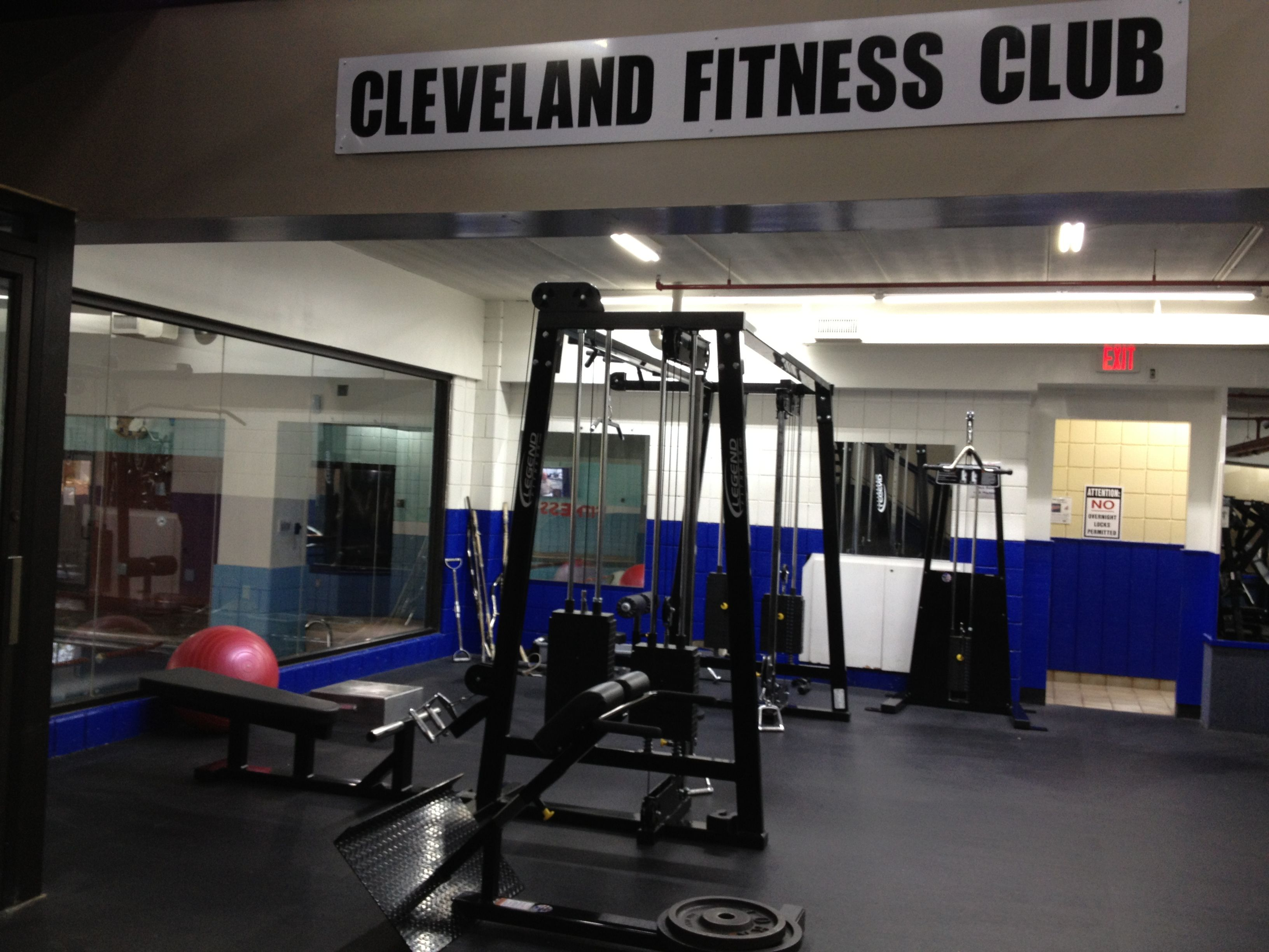 Cleveland fitness club offers lots of types of weight equipment