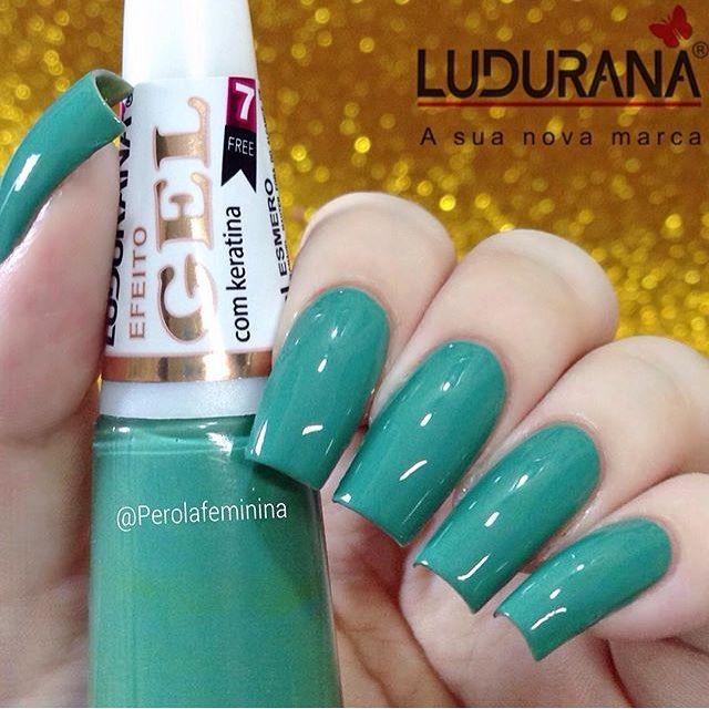 Esmalte EFEITO GEL Esmero da @ludurana!  Para comprar acesse nosso site:  www.candyacessorios.com.br Foto: @perolafeminina  #novidade #lojacandyacessorios #VEMPRACANDY