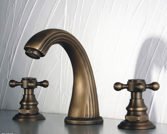 Photo of Benefits of Antique Brass Bathroom Fixtures