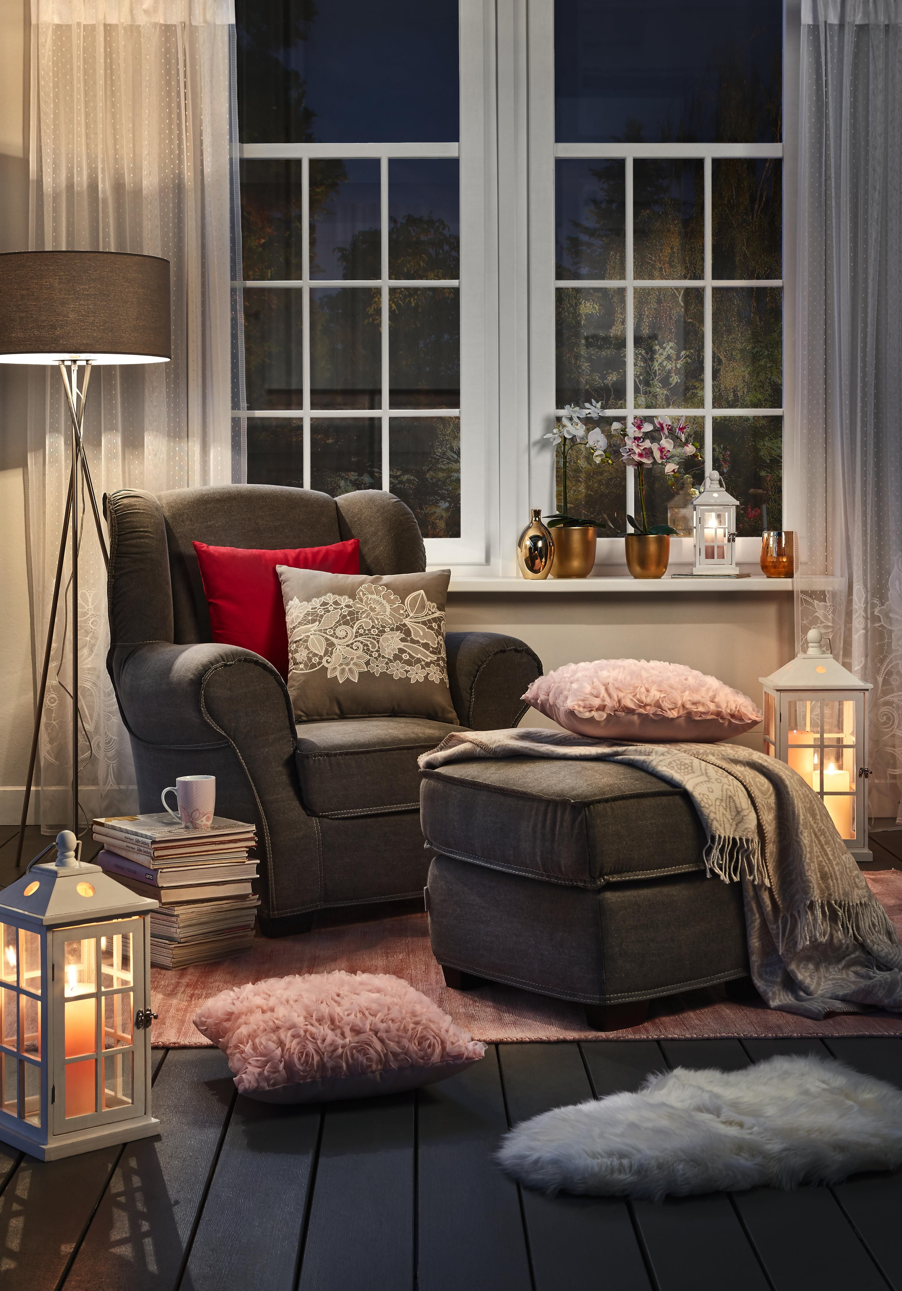 Kaum Ein Möbel Wirkt Einladender Als Dieser Sessel Der Dunkelbraune
