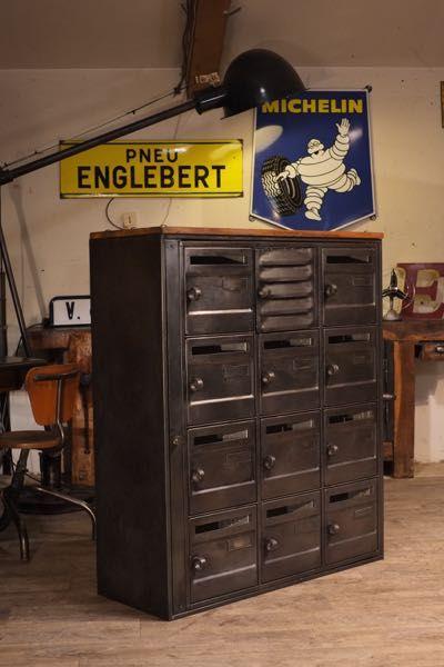 boite aux lettres ancienne meuble de rangement d co en. Black Bedroom Furniture Sets. Home Design Ideas