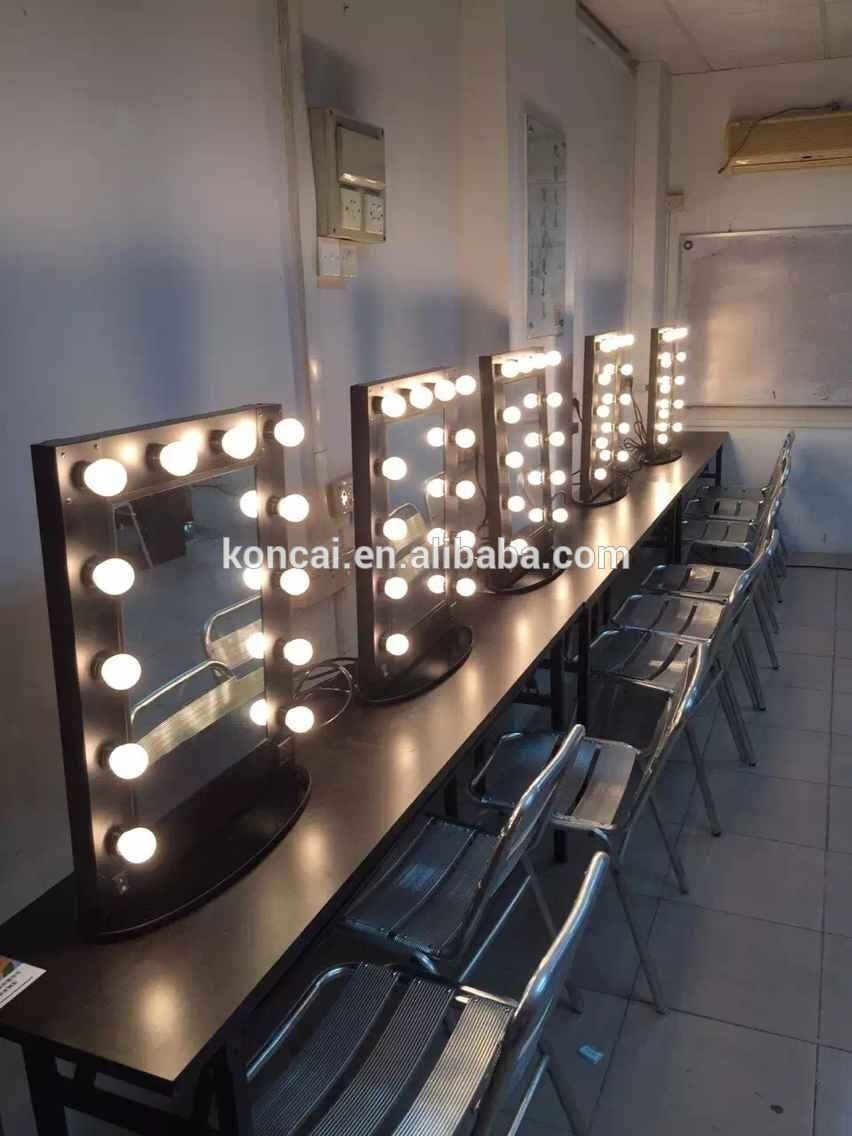 Salon Maquillage Salon Professionnel De Coiffure Maquillage Aluminium Styling