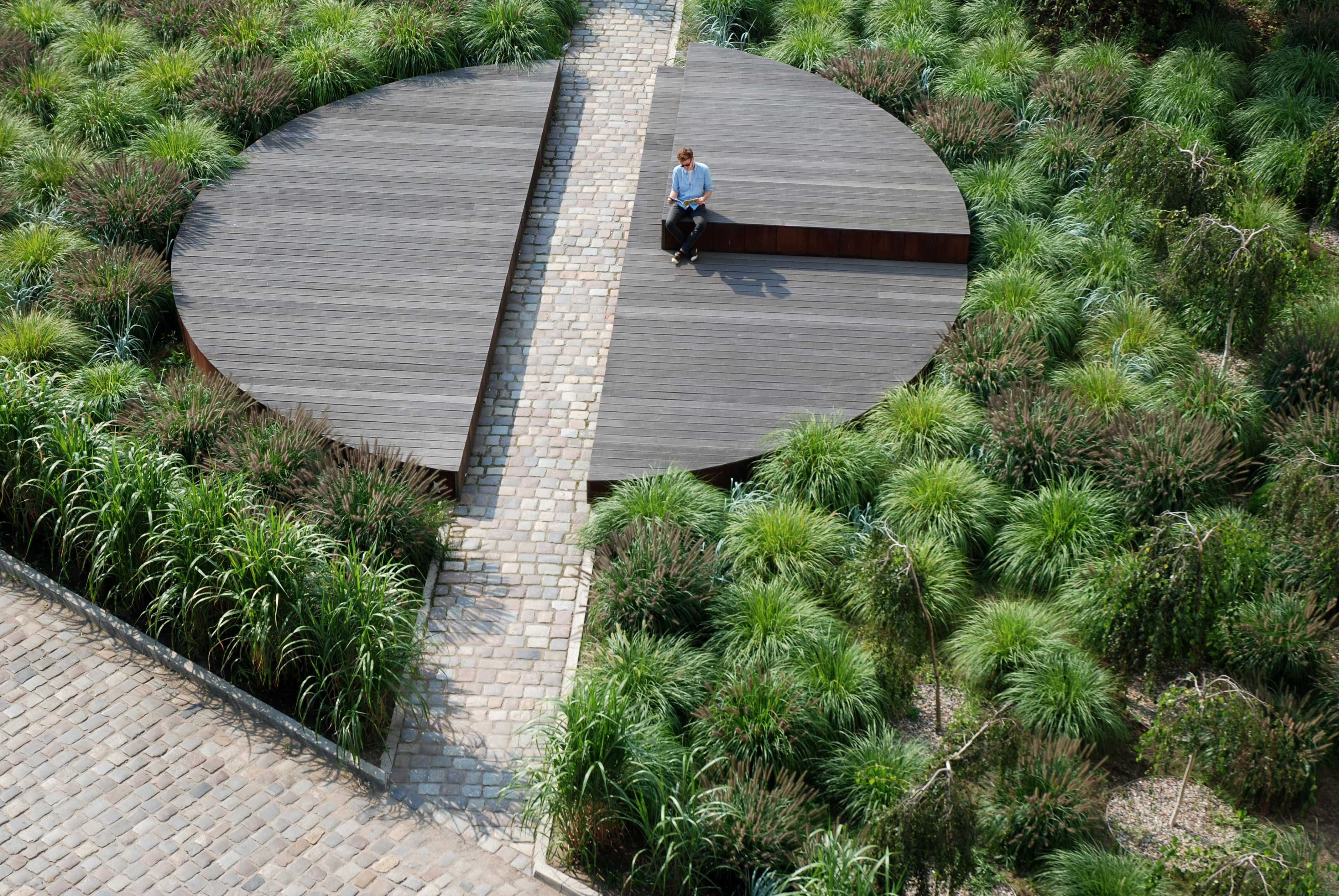 Circle Form Pawel Grobelny 05 Landscape And Urbanism Architecture Landscape Architecture Landscape Projects