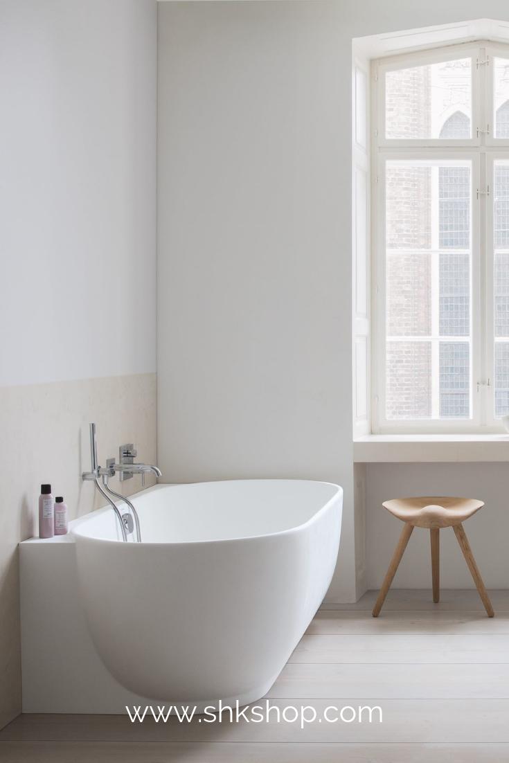 Freistehende Badewanne Bw 03 Xl Aus Mineralguss In Matt Glanzend In 2020 Free Standing Bath Tub Bathtub Luxury Bathroom