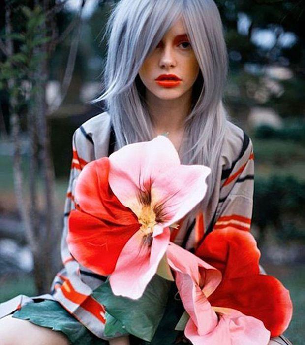 Les cheveux gris peuvent aussi donner un look un peu plus excentrique   Hair Glory   Crazy hair ...