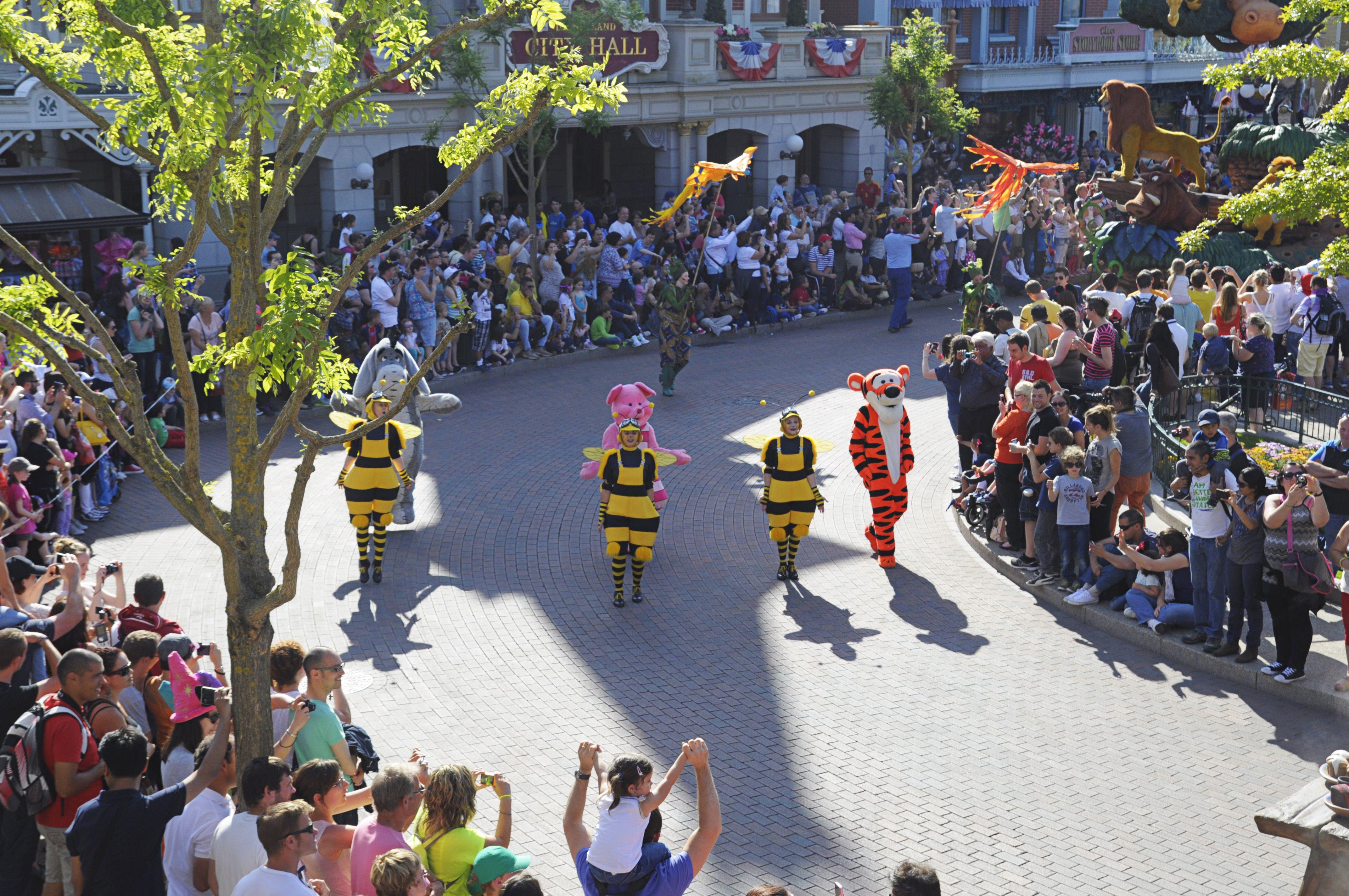 Disney Magic on Parade, Disneyland Paris, Parade time, Winnie the pooh, Tigger, Piglet, Eeyore, Mickey Mouse and Friends, photo : Gemma Schipani