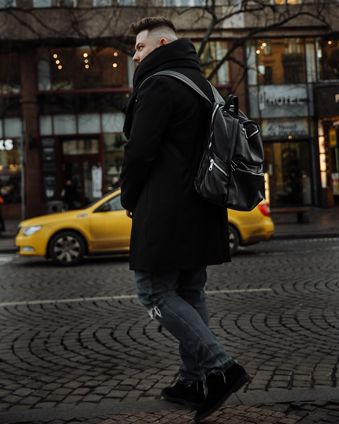 городская куртка фотографа ошибок стоит