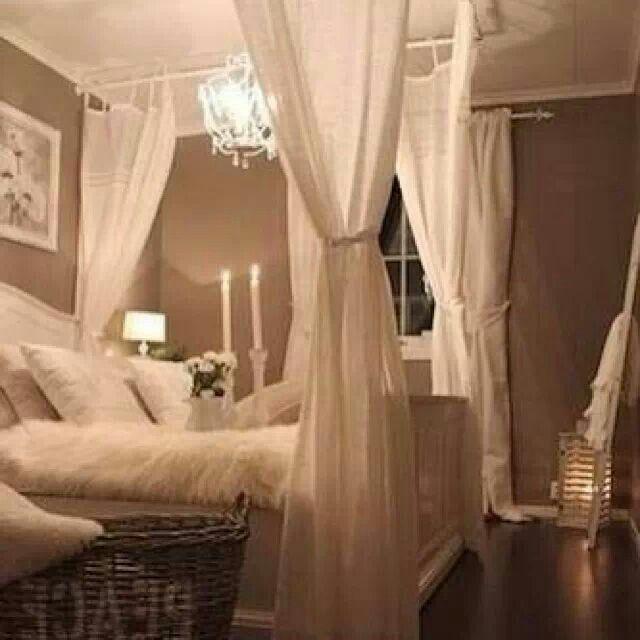 Schlafzimmer Ideen, Romantische Schlafzimmer, Rustikale Schlafzimmer,  Wohnzimmer, Esszimmer, Runde, Rund Ums Haus, Schöner Wohnen, Himmelbett