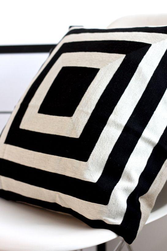 homevialaura   Day Birger Et Mikkelsen   cushion   black & white