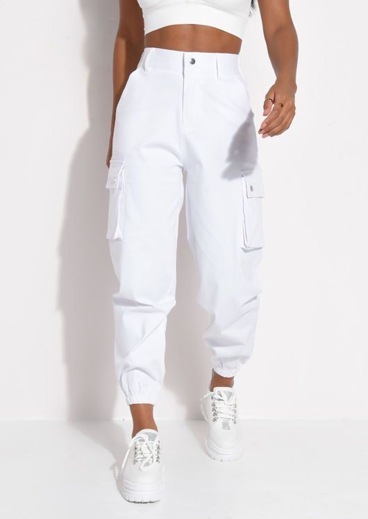 Los Pantalones En 2020 Moda De Ropa Pantalones De Moda Mujer Pantalones De Moda