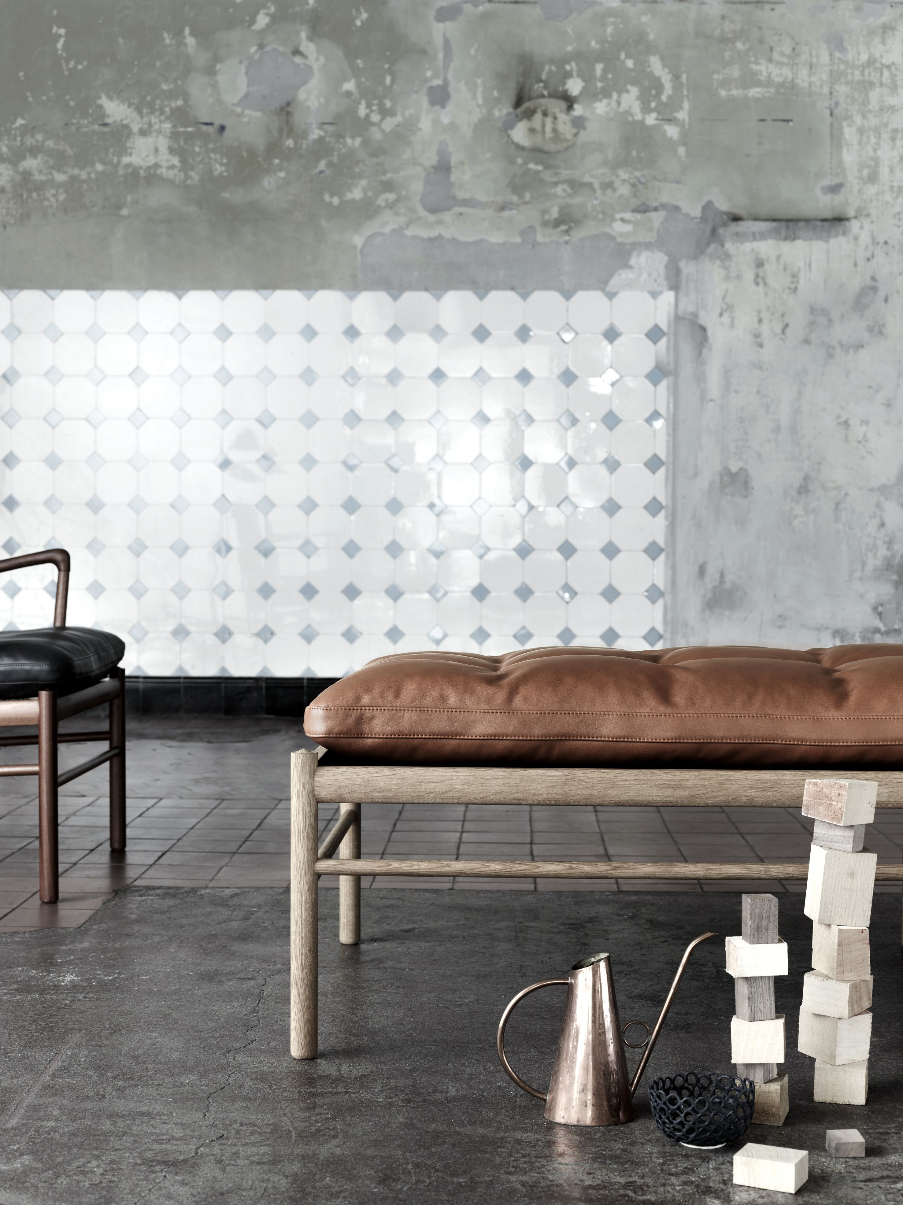 Carl Hansen & Son OW150 daybed, designed by Ole Wanscher