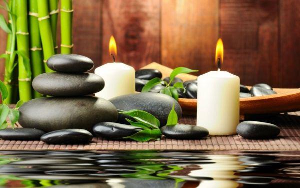 meditation lernen kerzen steine bambus