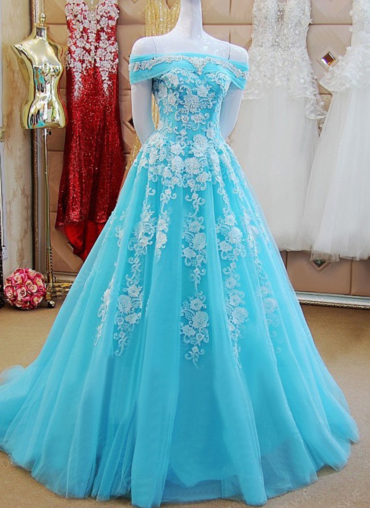 Blue tulle long lace appliques formal prom dress crystal long