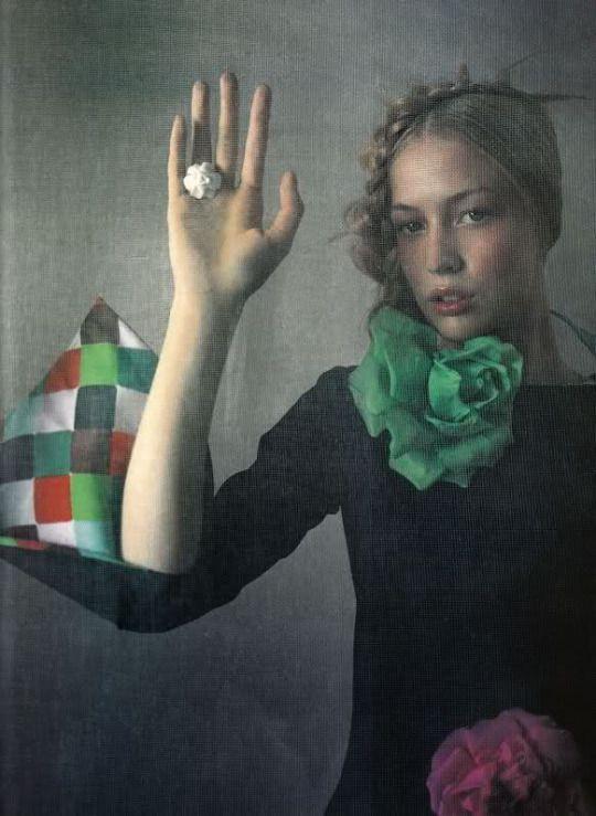Vogue Paris April 2000 - Raquel Zimmermann by Enrique Badulescu