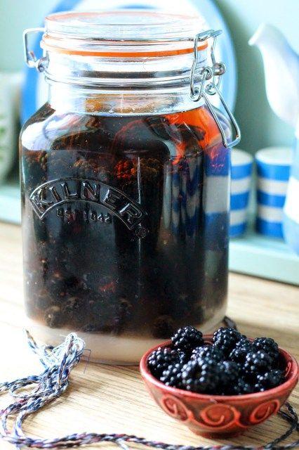 Blackberry Whisky – The Crafty Larder
