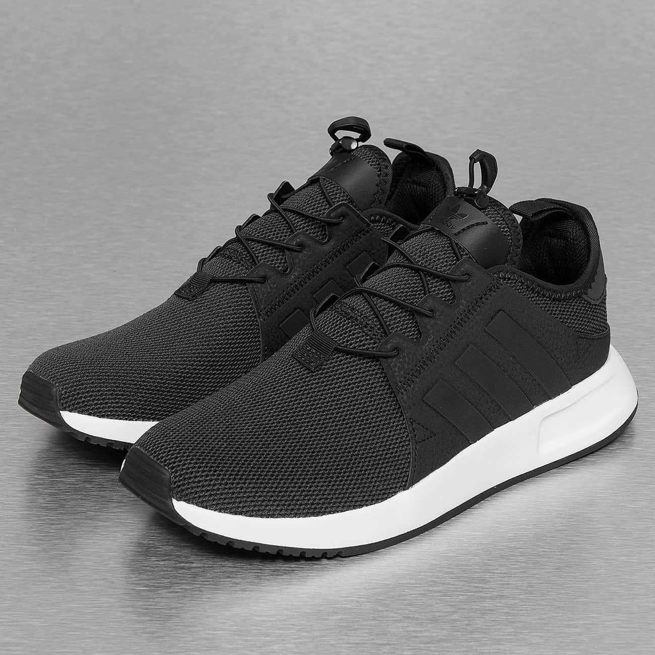 adidas Tennarit musta   Foot Gear in 2019   Adidas shoes