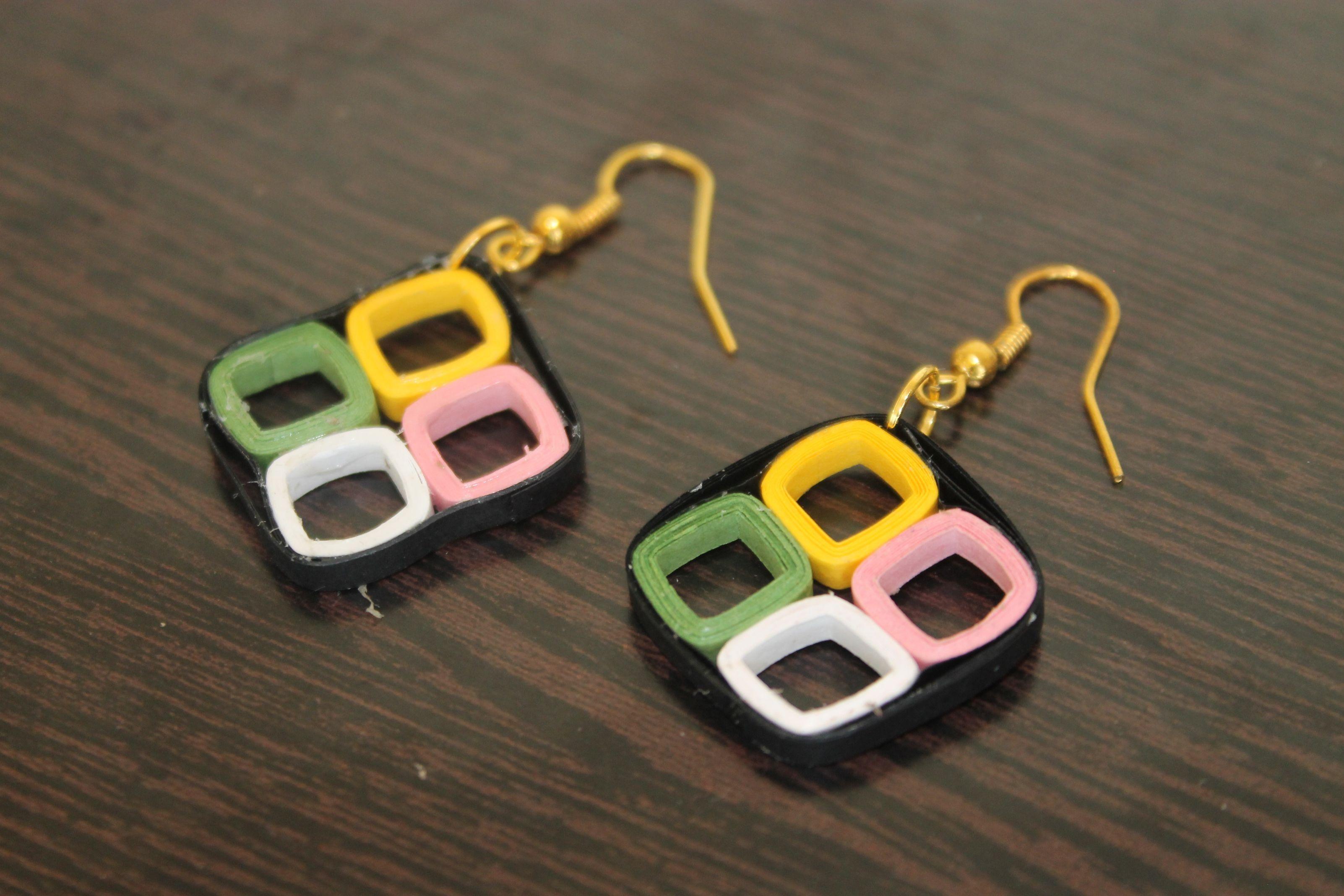 How To Make Handmade Easy Quilled Earings Diy Earring Making Ideas In 2020 How To Make Earrings Quilled Jewellery Handmade Jewelry