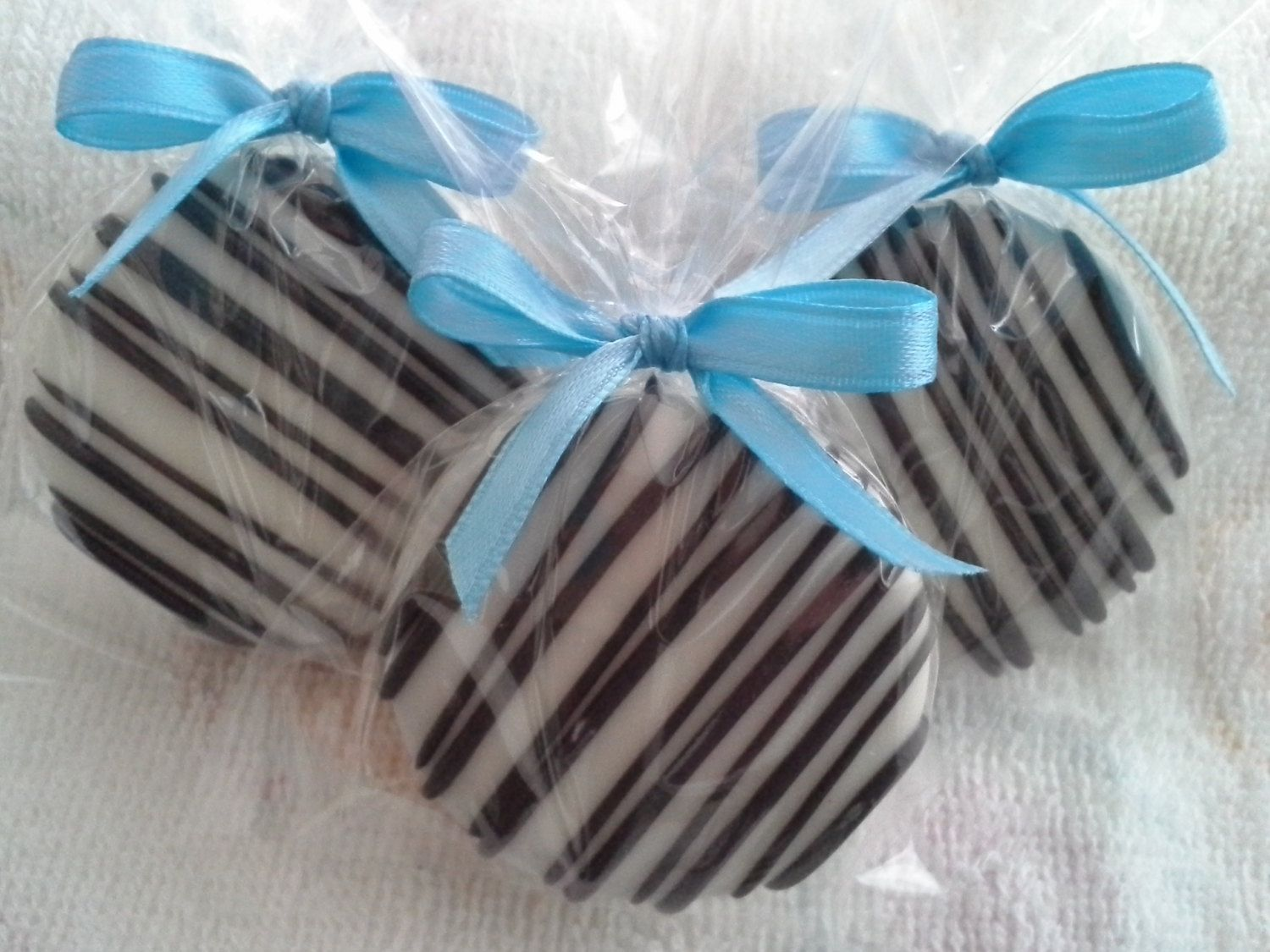 Turquoise And Black Chocolate Covered Oreos Cookies Party Favors ...