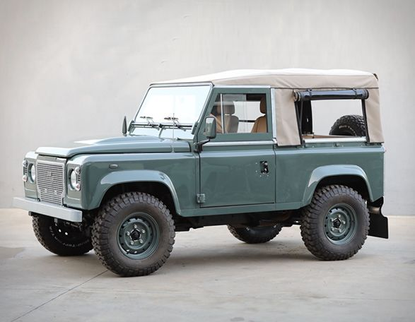 Land Rover Defender D90 Keswick Green With Images Land Rover