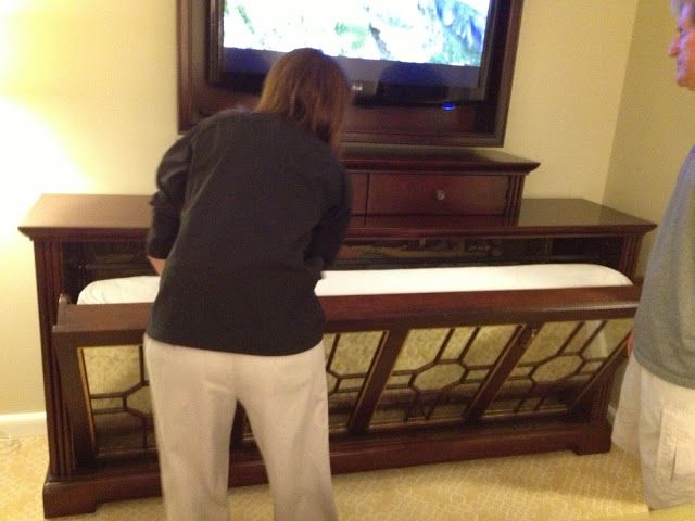 Tv Cabinet Pull Down Murphy Bed From Grand Floridian Dvc One Bedroom Just Picture Not Diy