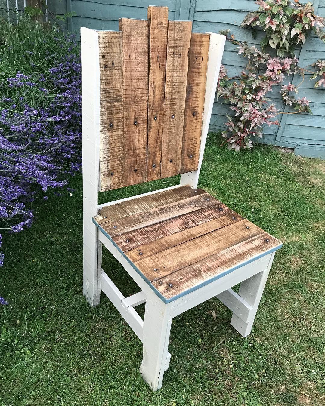 Diy recycled wooden pallet garden chair decor ideas